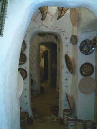 Keramikgeschäft Sousse.jpg